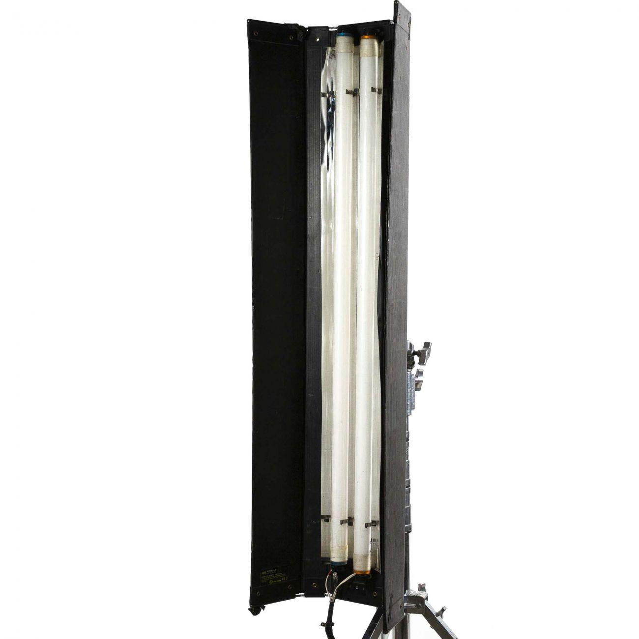 KinoFlo 4ft x 2 lamps