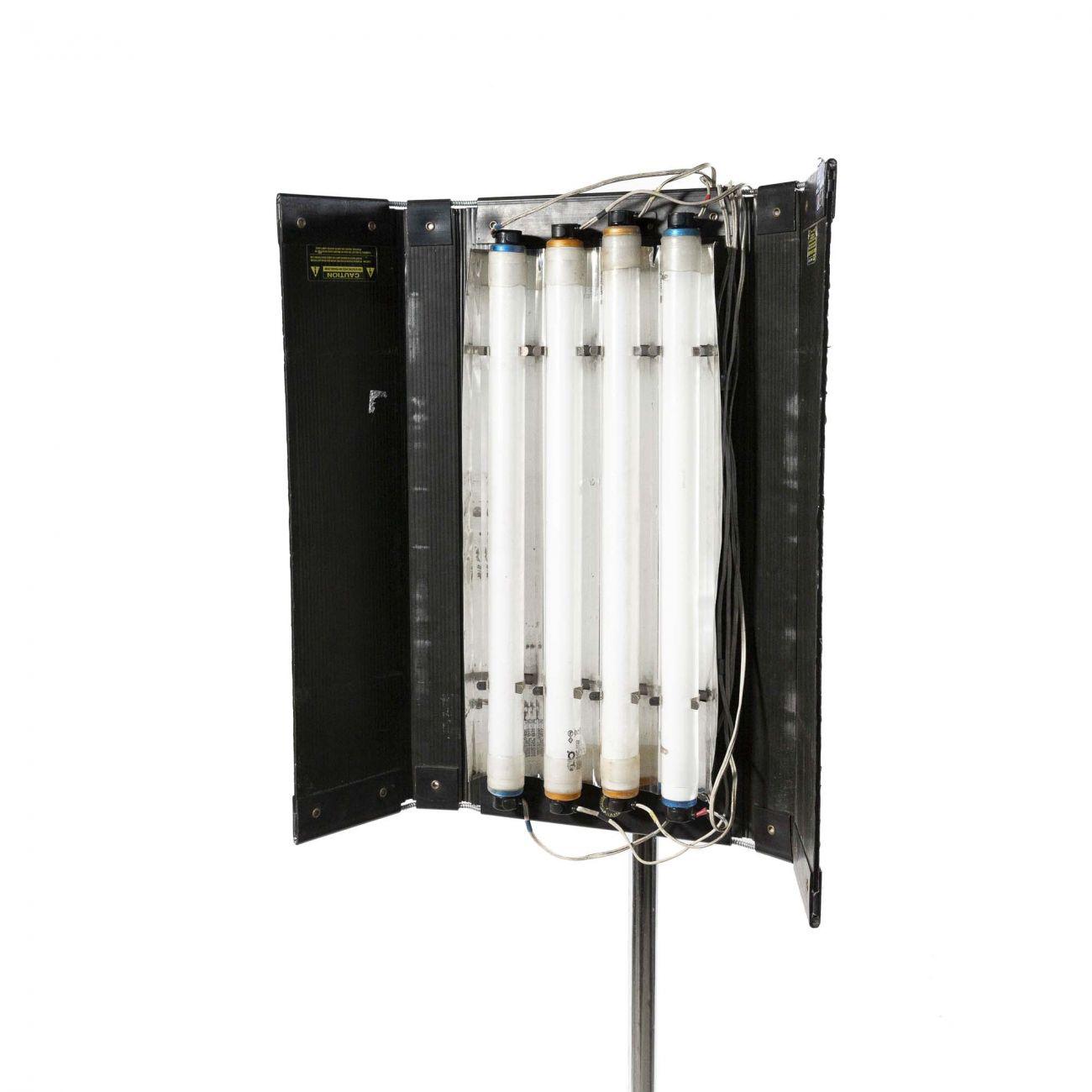 KinoFlo 2ft x 4 lamps