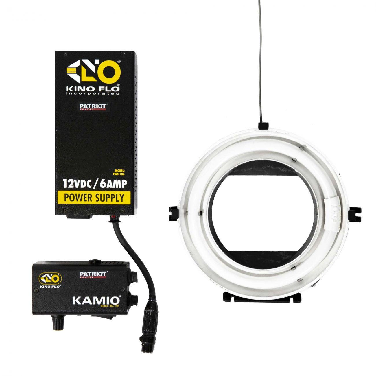 KinoFlo Ring Light Kamio, deluxe kit on camera